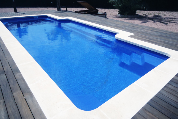 White Travertine drop face pool coping tiles 2