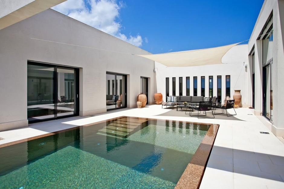White travertine pool coping paversd non slip